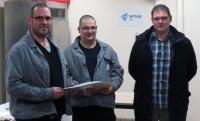 Les 3 « diplômés » du CQPM Pilote de Systèmes de Production Automatisée.